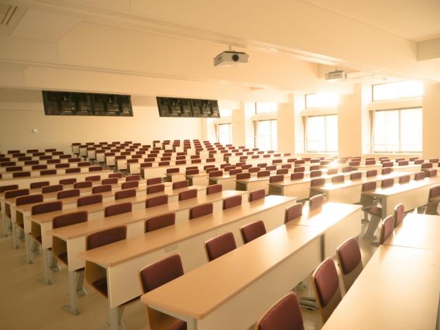 講習会の延期、中止に伴う更新許可申請